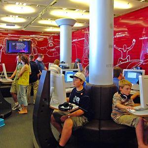 Интернет-кафе Луховиц